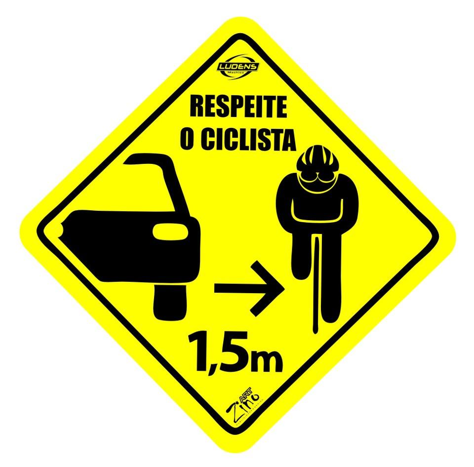 Autocolante respeite o ciclsta